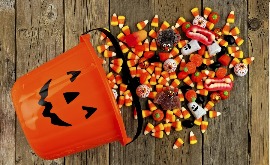 Halloween_candy_sales