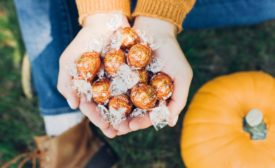 Lindt releases new LINDOR Pumpkin Spice truffle.